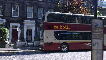 great coonections to all parts of edinburgh - a bus stop right at the bed and breakfast door in Edinburgh City Centre.